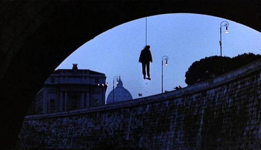 Czerwiec 1982. Wisielec Roberto Calvi, prezes powiązanego z Watykanem banku Ambrosiano. Powieszony w Londynie na Blackfriars Bridge, moście Czarnych Braci.