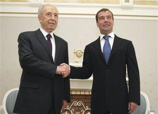 Dmitry Medvedev, Shimon Peres