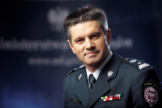 Nadgorliwy egzekutor rządu Tuska - wiceminister finansów Jacek Kapica.
