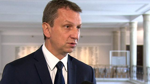 Andrzej Halicki - batman piaru; potrafi udowodnić, że garb wcale nie musi być cechą konstytutywną wielbłąda