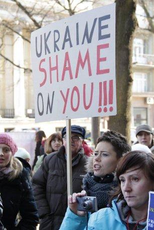 Manifestacja-przeciw-zabijaniu-psow-na-Ukrainie