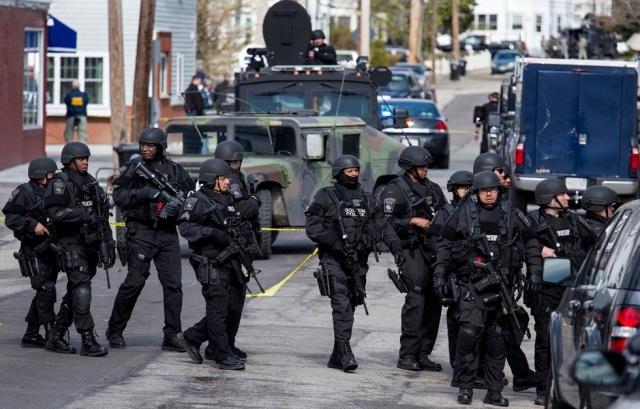 usa police state2