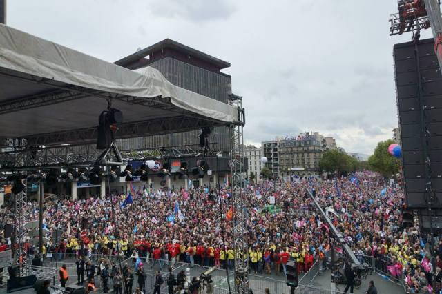 Francja protestuje2