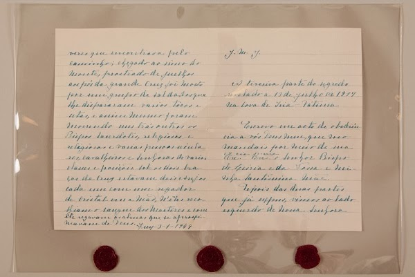 Dwie strony manuskryptu tak zwanej Trzeciej tajemnicy fatimskiej