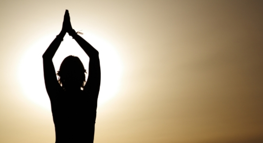 Yoga-breathing-and-chemotherapy