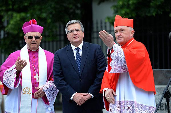 Watykański kartel jest immanentną częścią mafijnego Układu III RP