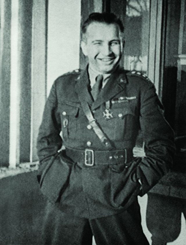 "Gen. Leopold Okulicki ps. ""Niedźwiadek"""